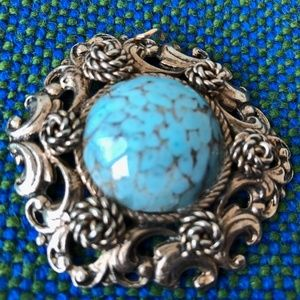 Jewelry - Vintage Turquoise art glass pendant as is